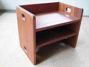 玄関上り框のベンチ