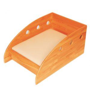 木製オムツ交換台